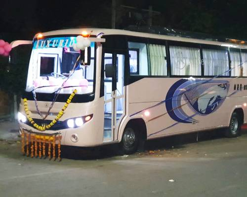30 Seater Luxury Bus