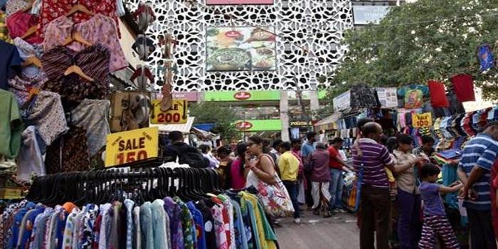 5. Sarojini Nagar